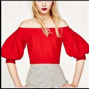 NWT Zara Red Crop Top S
